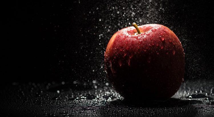 Заговор от прыщей на яблоко