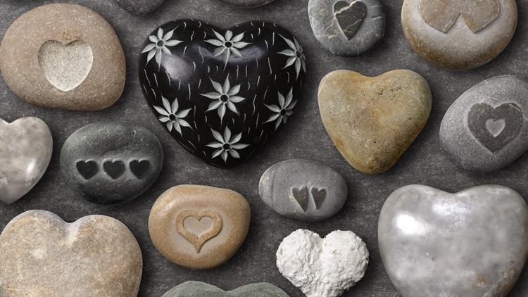 заговор на удачу в делах на камень
