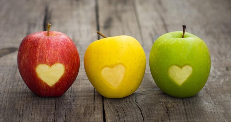 Заговор на яблоко Две Половинки