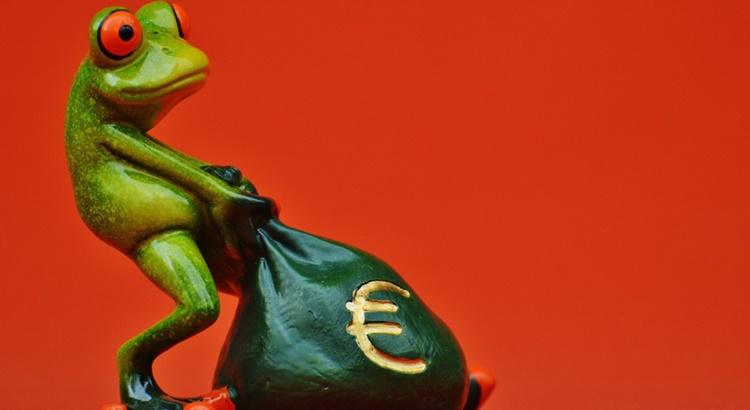 Заговор на деньги на Денежную Лягушку