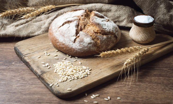 Заговор на хлеб и соль читать на деньги