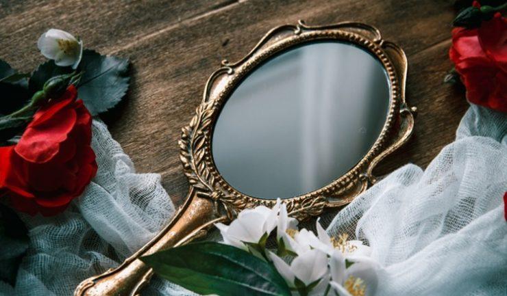 Заклинание на зеркало на исполнение желания